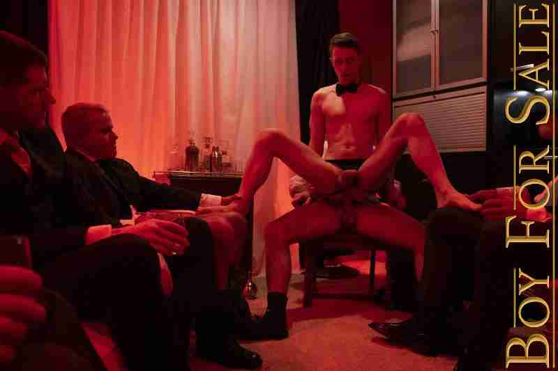 BOY COLE – Chapter 5: Auction Party Favor: The Buyer's Night [Bareback]