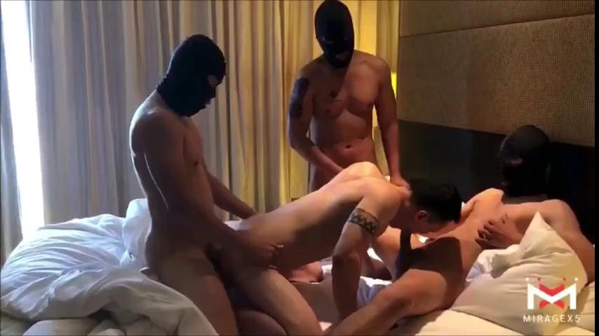 Sex gay gangbang